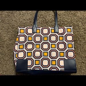 ba85e18176be Tory Burch Bags - Tory Burch Ella Tote (large)